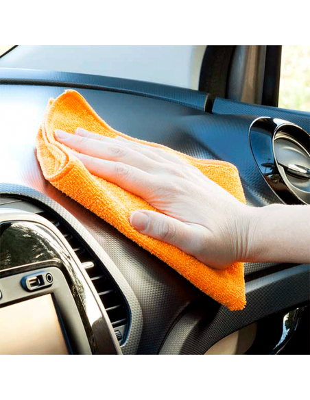 bayeta para limpiar salpicadero coche
